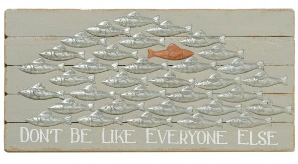 Wand-Objekt Fisch, 'Don't be like everyone else', Länge 79 cm